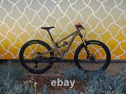 2019 Santa Cruz Hightower LT Carbon CC XX1 Reserve Mountain Bike (Medium)