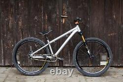 2020 Santa Cruz Jackal bike with New frame
