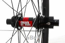Santa Cruz Reserve 30 Mountain Bike Wheelset 27.5 Carbon Tubeless Shimano 12s